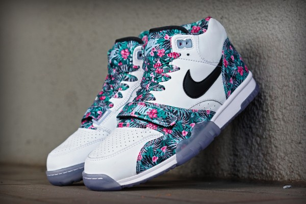 nike_trainer_floral_qs_01