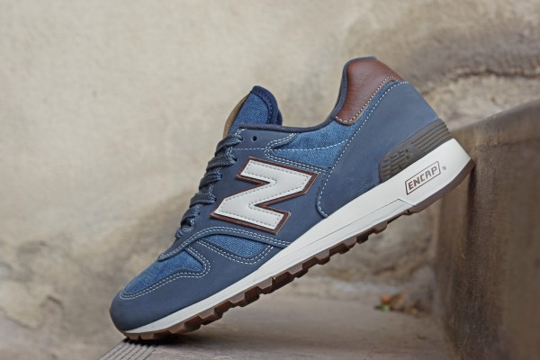 New_Balance_M1300CD_FB01